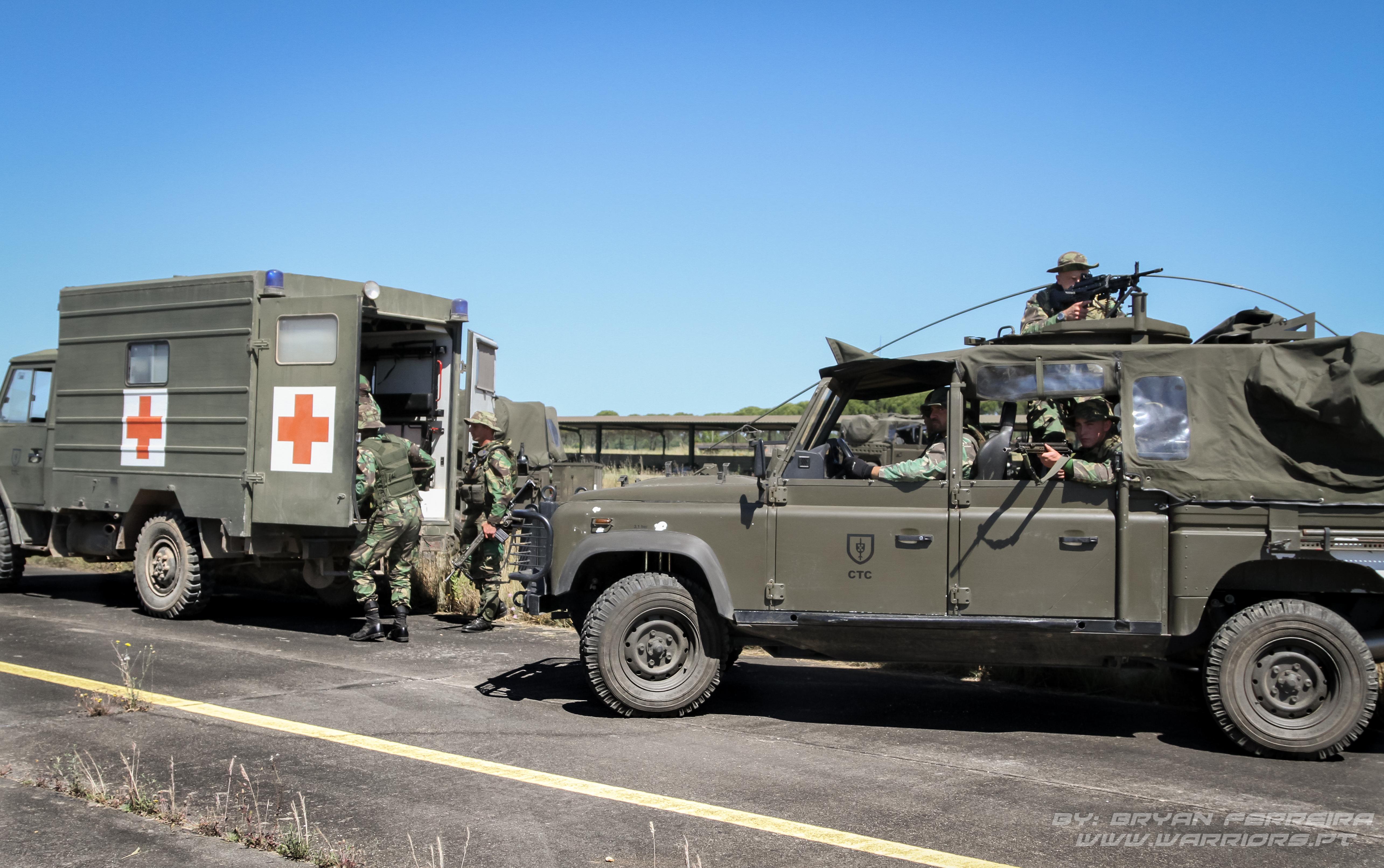 Evacuação de cidadão nacionais pela Protection Force de Comandos.