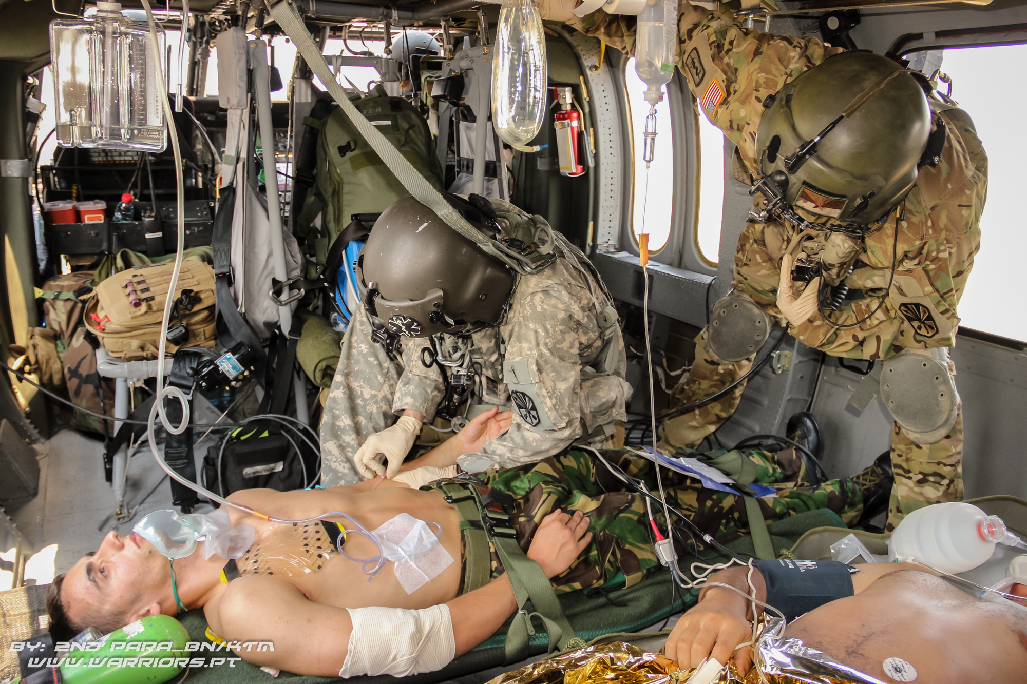 AIRMEDEVAC, Paratrooper, Portuguese 2nd Parachute Battalion, MNBG-E (Multinational Battle Group - East)