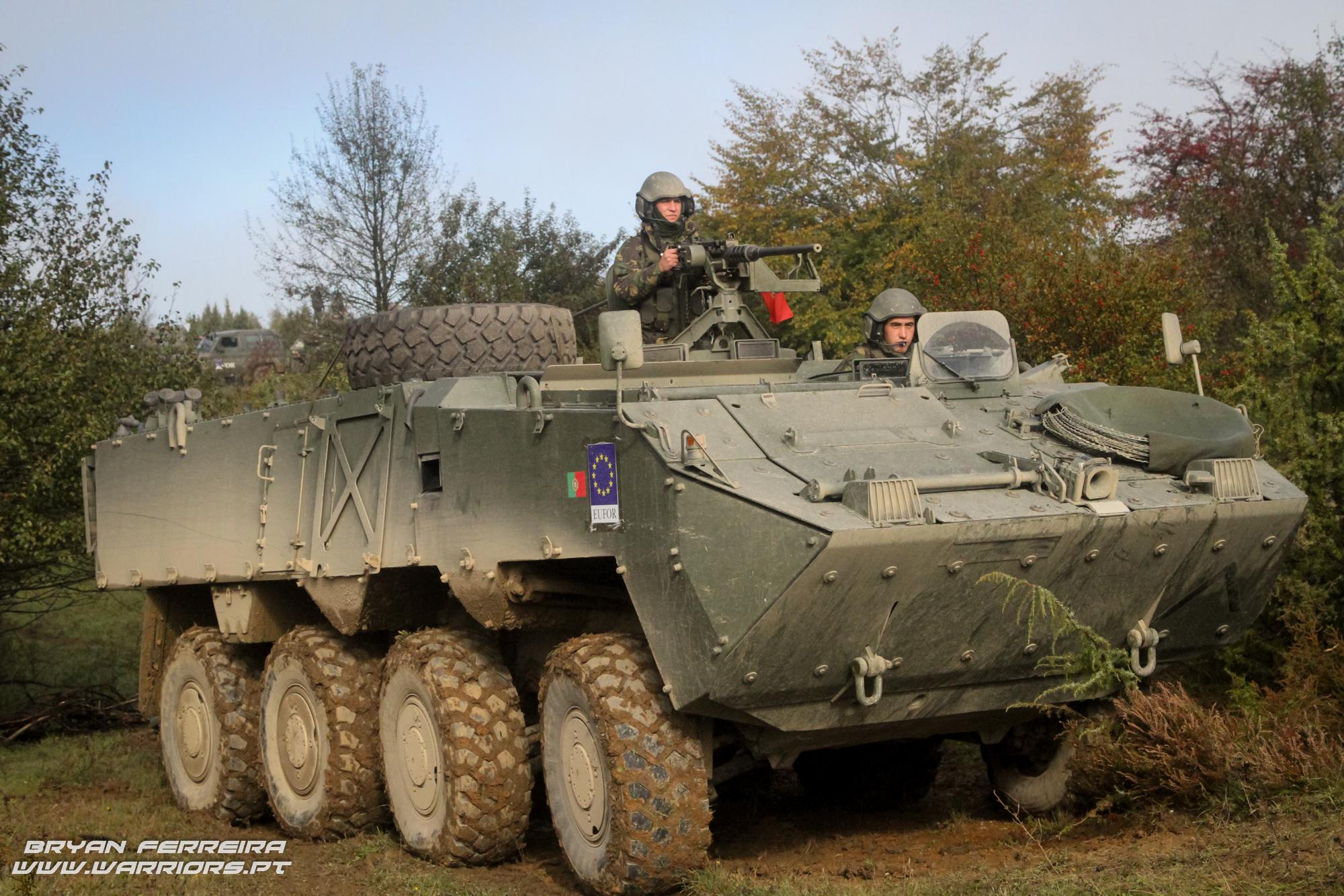 Pandur APC foi usada exaustivamente em missões onde requeria uma presença forte.