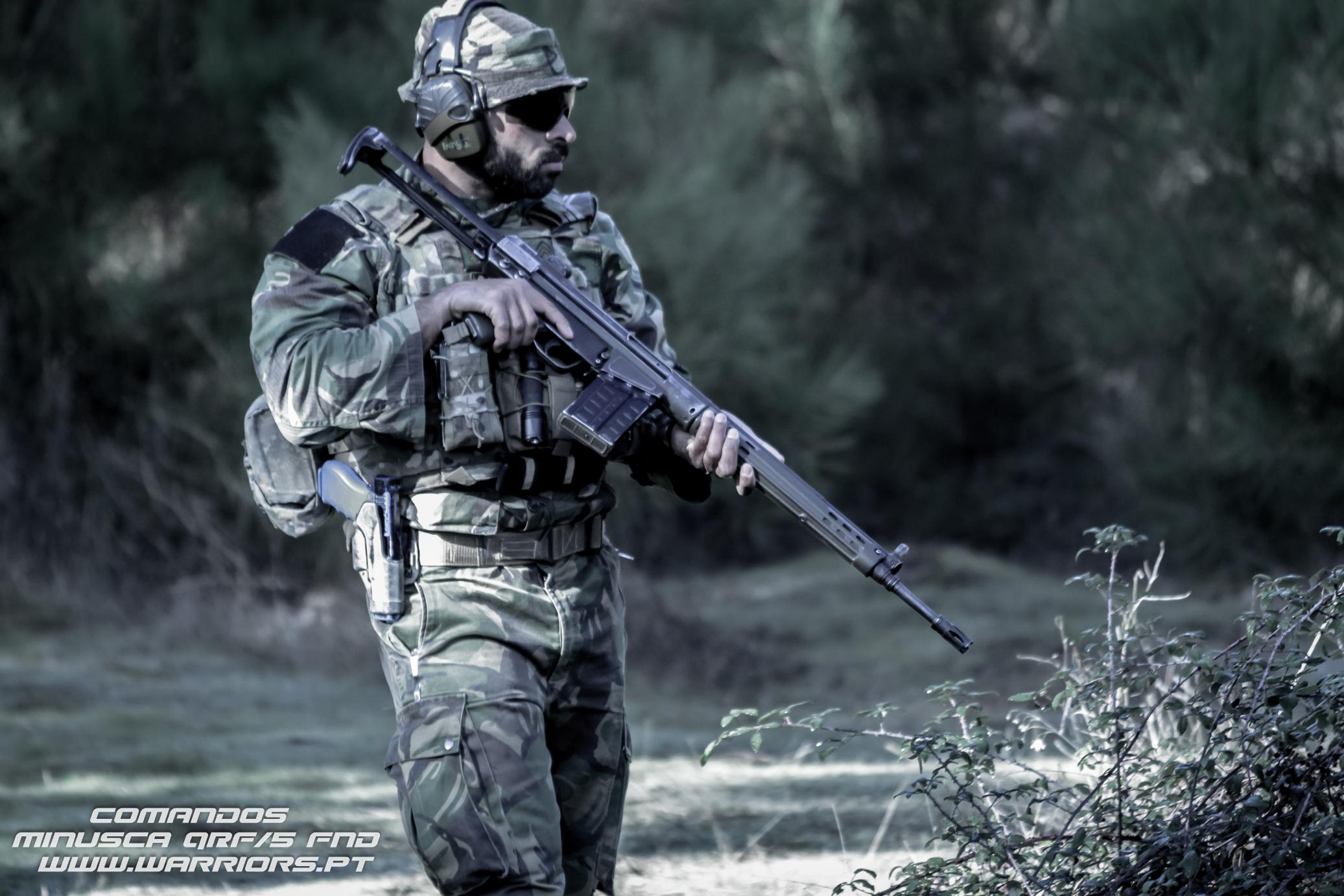 Portuguese Comando/Commando