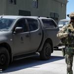 FOE escolta o Embaixador Português para local de evacuação