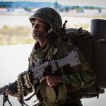 Comando Portugues prepara-se para se movimentar para novas posição com a sua HK Mg4