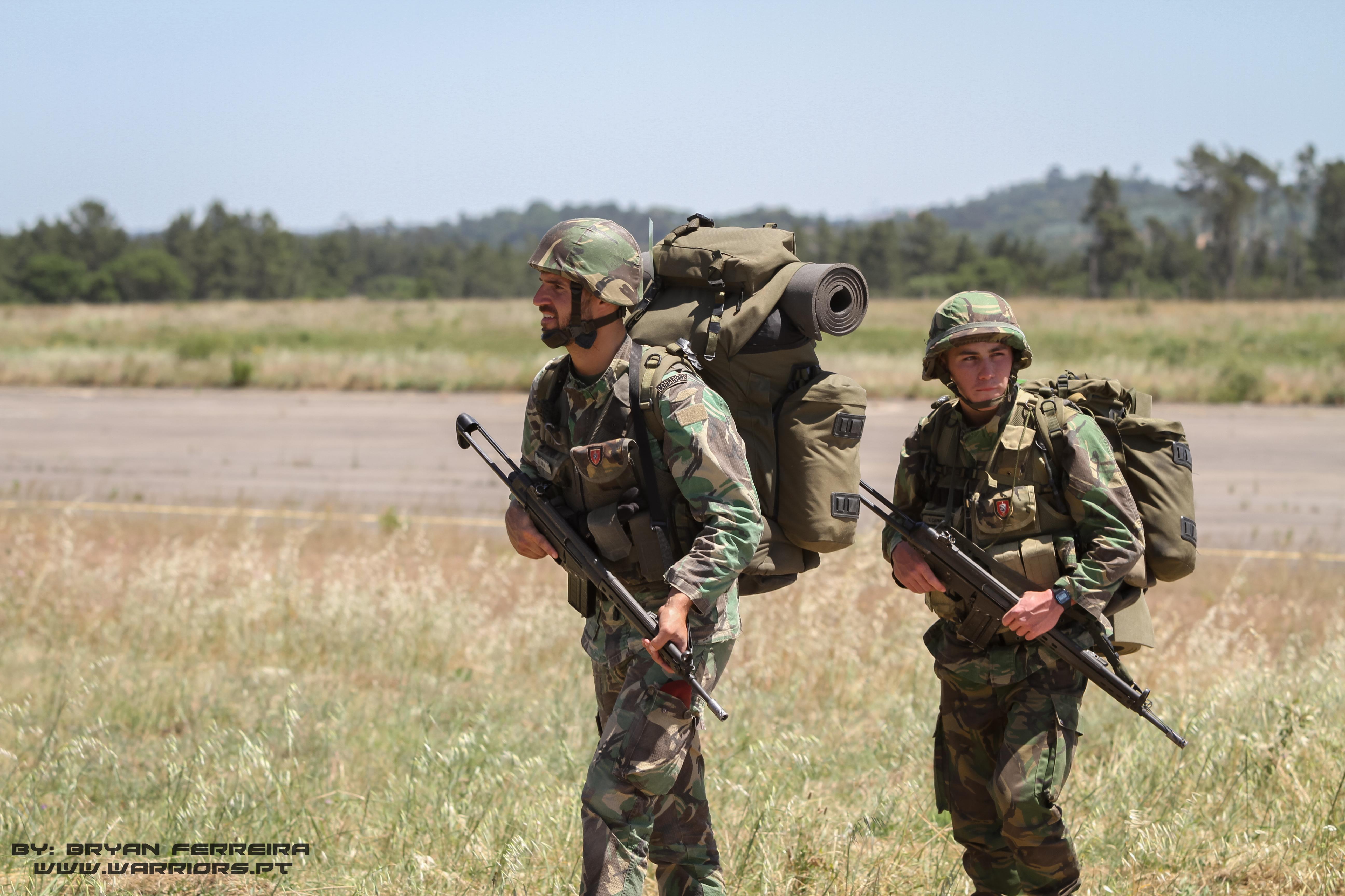 Comandos Portugueses preparam-se para se movimentar para novas posições