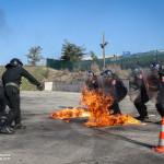 O 2º Batalhão de Paraquedistas formou diversas forças internacionais em tecnicas e táticas de CRC (croud riot control). Neste caso Carabineri Italianos recebem formação em Fire Phobia
