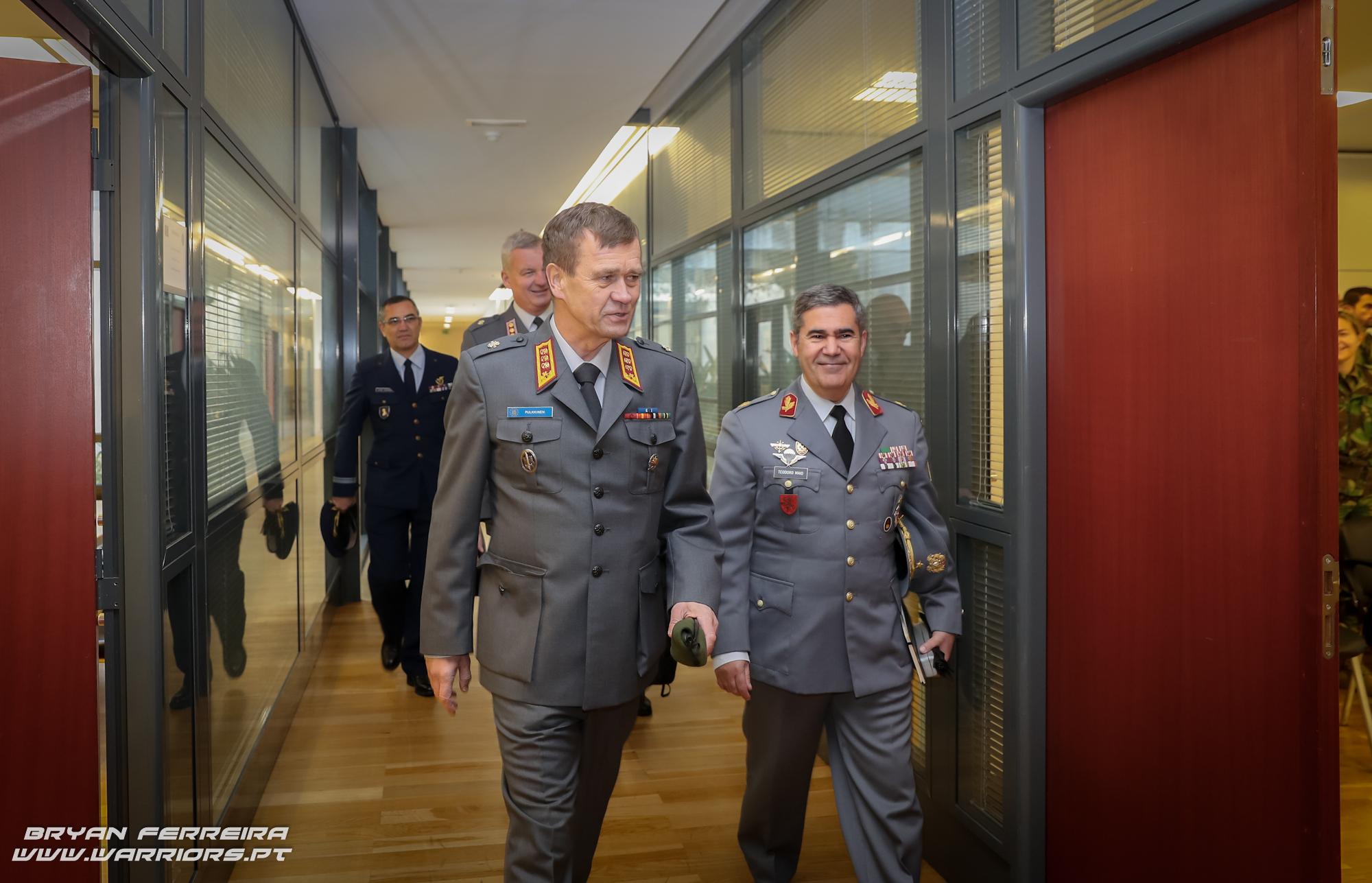 O Brigadeiro-General Hermínio Maio, do Exército Português comanda a missão European Union Training Mission (EUTM) RCA durante o ano de 2018 (EUTM RCA 18)